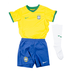 Nike Young Boy Brasil Soccer Jersey Mini Kit (Home 2014/16)