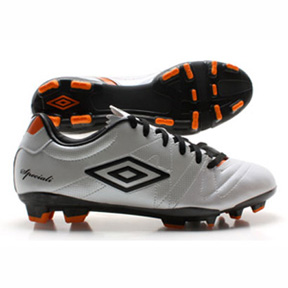 Umbro Youth  Speciali 3 Cup HG Soccer Shoes
